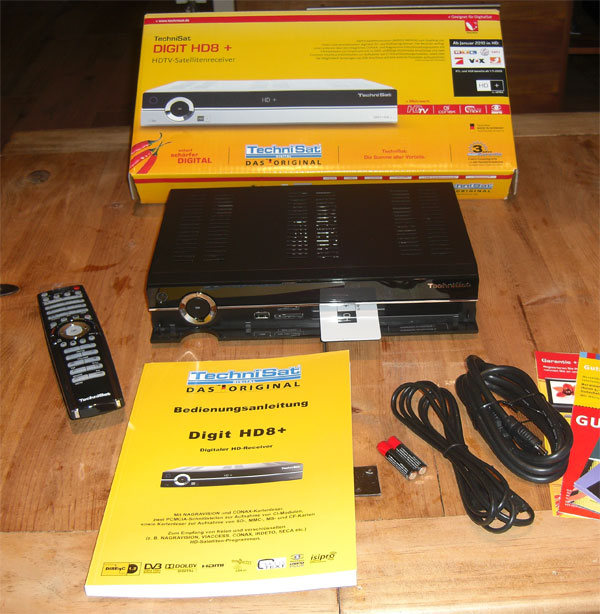 Frisch ausgepackt, der TechniSat Digit HD8+